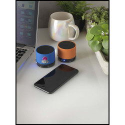 Cylindrical speaker with...